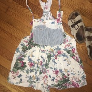 Vintage floral overall shorts